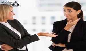 با انجام حرکات اغراق آميز در زبان بدن شما نبود اعتماد به نفس را به افراد ميرسانيد