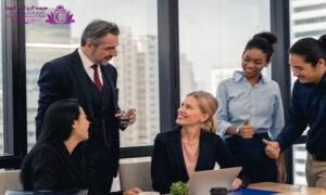 در رهبري به افراد اهميت بدهيد و در تصميمات از آنها نظر بخواهيد تا مکالمه خود را زيبا و دلنشينتر و ايده بهتري براي استفاده پيدا کنيد