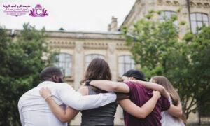 هر چه روابط اجتماعي بهتري داشته باشيد در شغل و موفقيت زندگي بهتر خواهيد بود