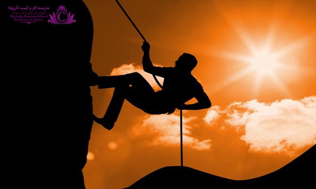 نقاط قوت از پايههاي اعتماد به نفس است که با شناسايي در رسيدن به موفقيت تاثيرگذار است