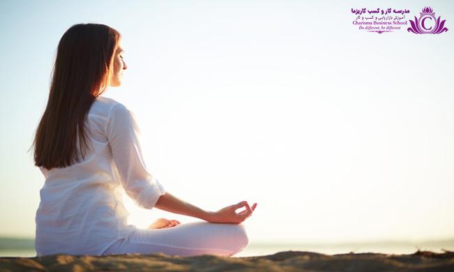 انجام حرکات کششی و ورزش های چون یوگا در صبح میتواند به شروع روزی عالی کمک کند